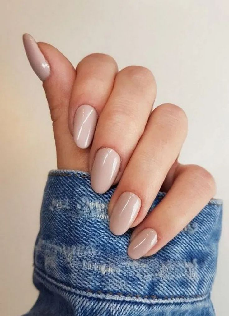 Mar 25 2020 Wedding Beauty Nails Wedding Beauty 27 Classy Nail Art Design For Winter R Art Classy Desig In 2020 Beige Nails Classy Nails Short Acrylic Nails
