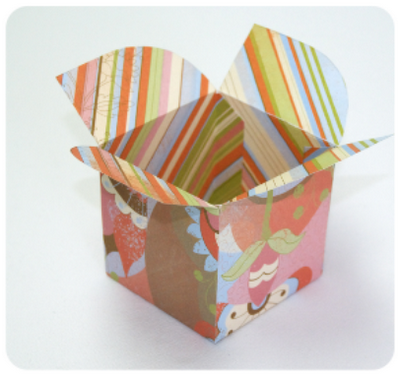 Cute DIY single cupcake box.