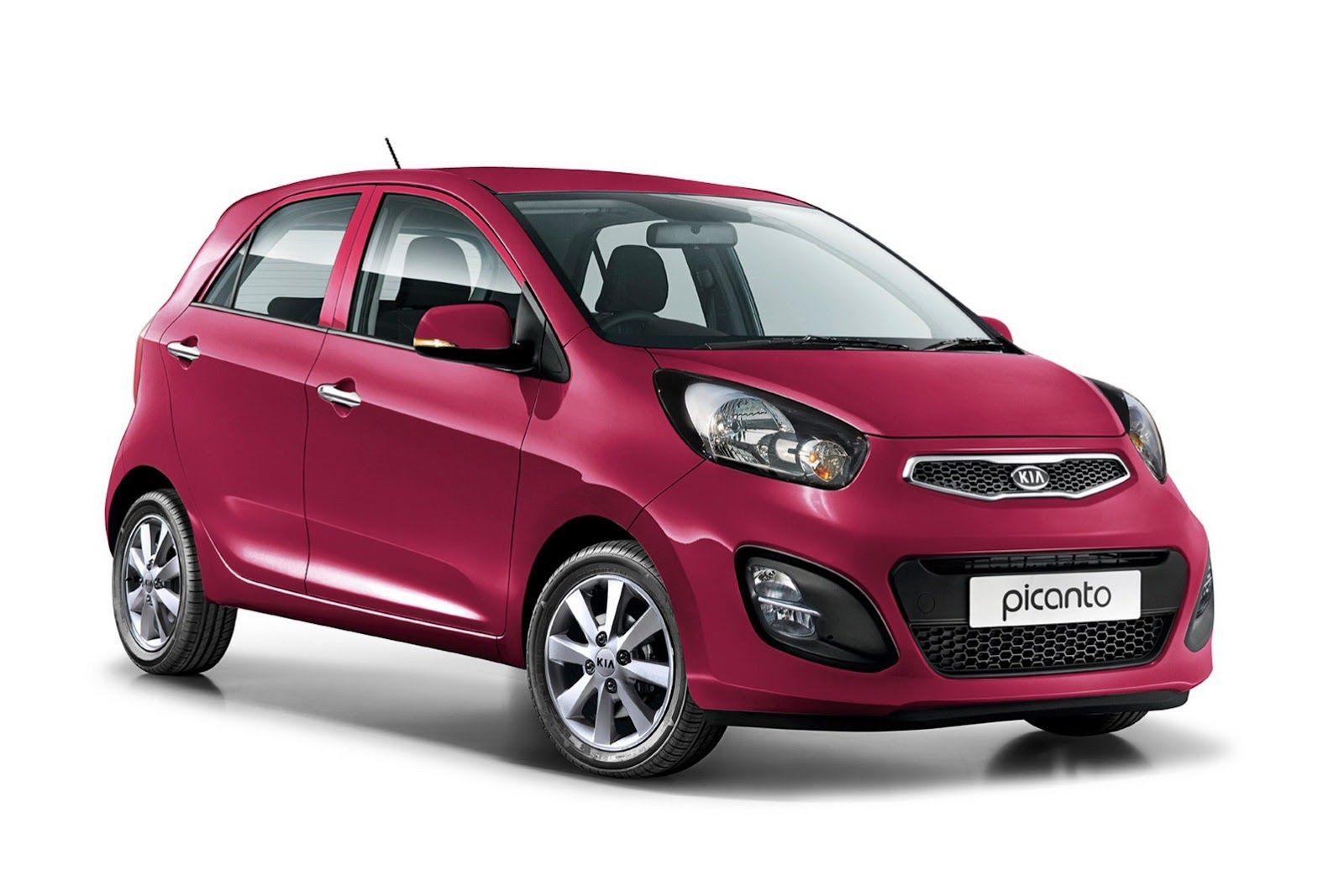 """The new Kia Picanto is more beautiful more impressive and more """"fresh""""  things that pinpoint the interest of the Korean company for young audiences."""