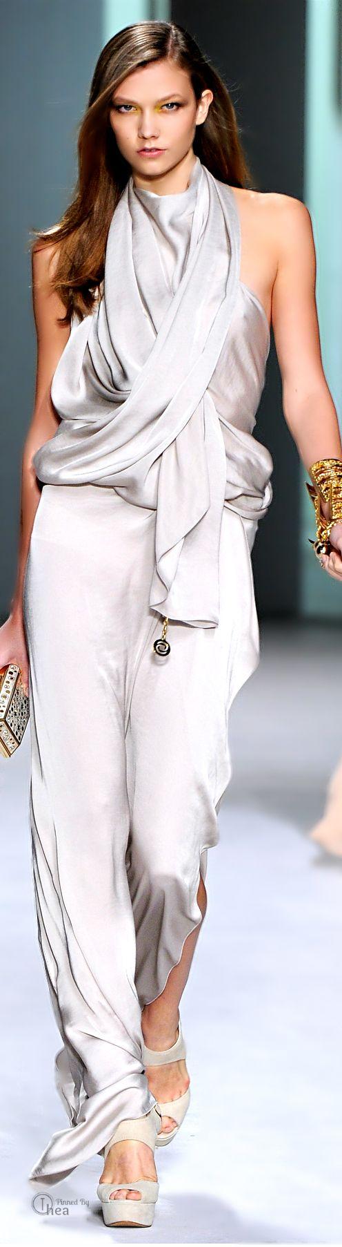 Karlie Kloss - The Hottest Runway Model | ELIE SAAB ...