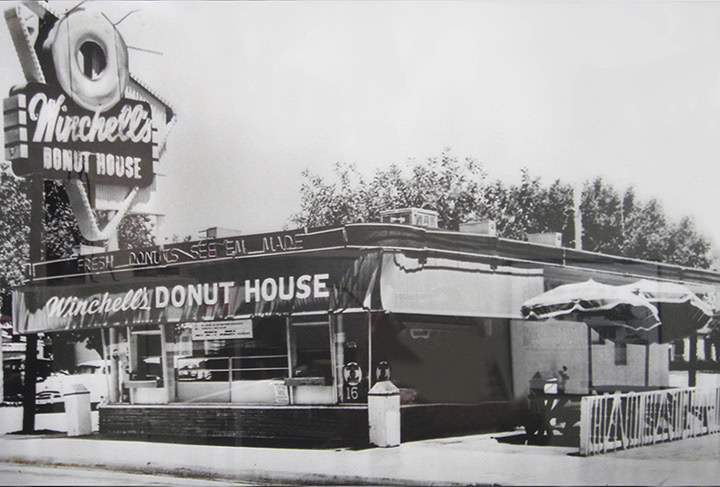 About Winchell S Donut House In 2020 Donut Shop Donuts City Of Industry