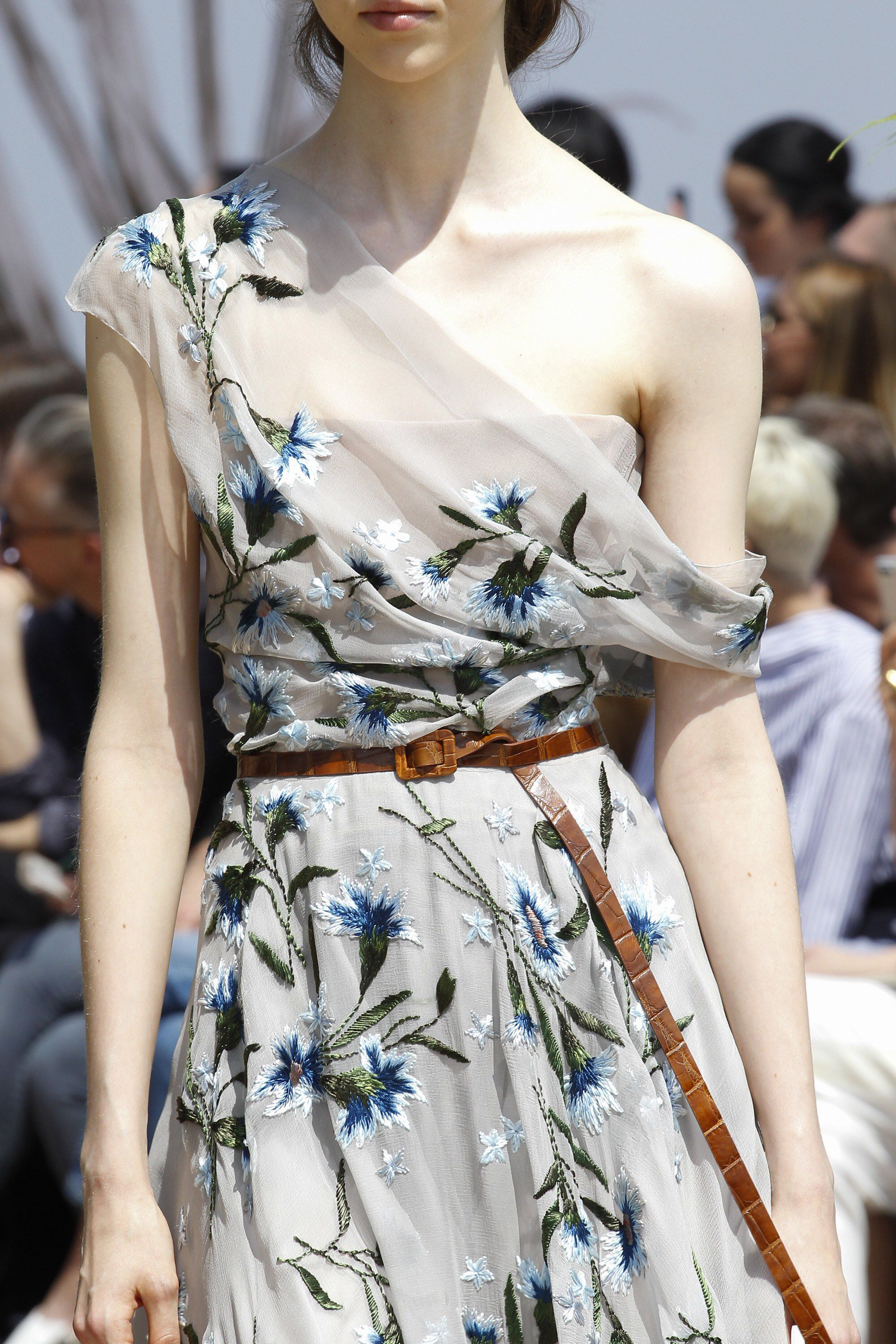 Christian Dior Fall 2017 Couture Fashion Show