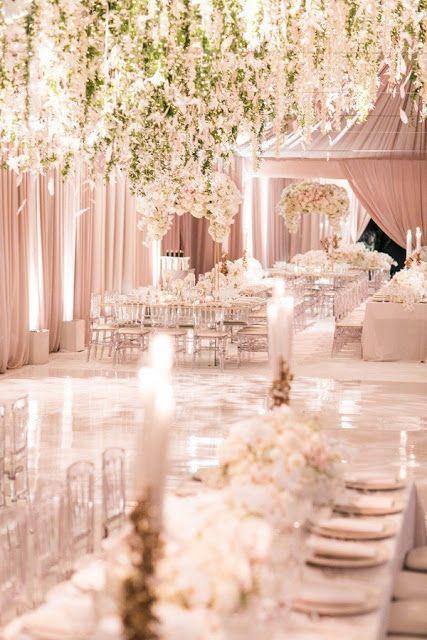 12 perfectas recepciones de techo de flores de boda de cuento de hadas