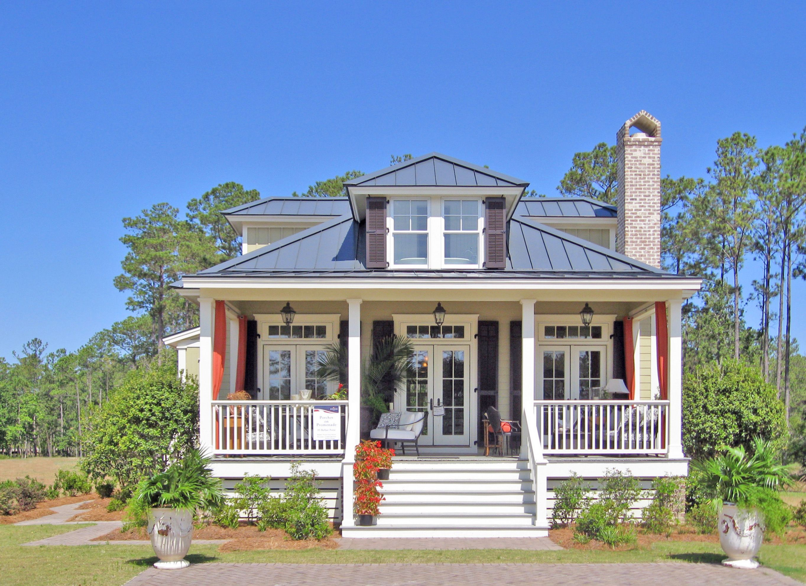 Front Elevation of a home on Ballast Point