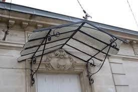 Auvent de porte en fer forg google zoeken projets essayer doors canopy et mudroom for Auvent fer forge