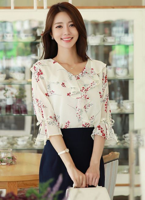 2819cc949 Floral Print Chiffon Ruffle Blouse