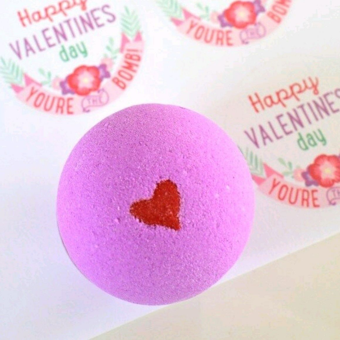 Romantic Bath Bombs To Pamper. Our Smooches Bath Bomb Is