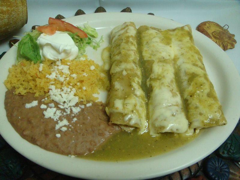 Tacos de pollo ba ados con salsa verde las delicias - Tacos mexicanos de pollo ...