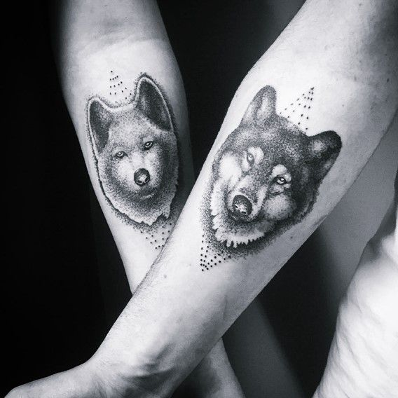 405a327bb 30 Perfect Matching His and Hers Tattoos | 1 | Tattoos, Wolf tattoos ...