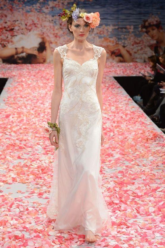 Claire Pettibone nos presenta una romántica colección de Vestidos ...