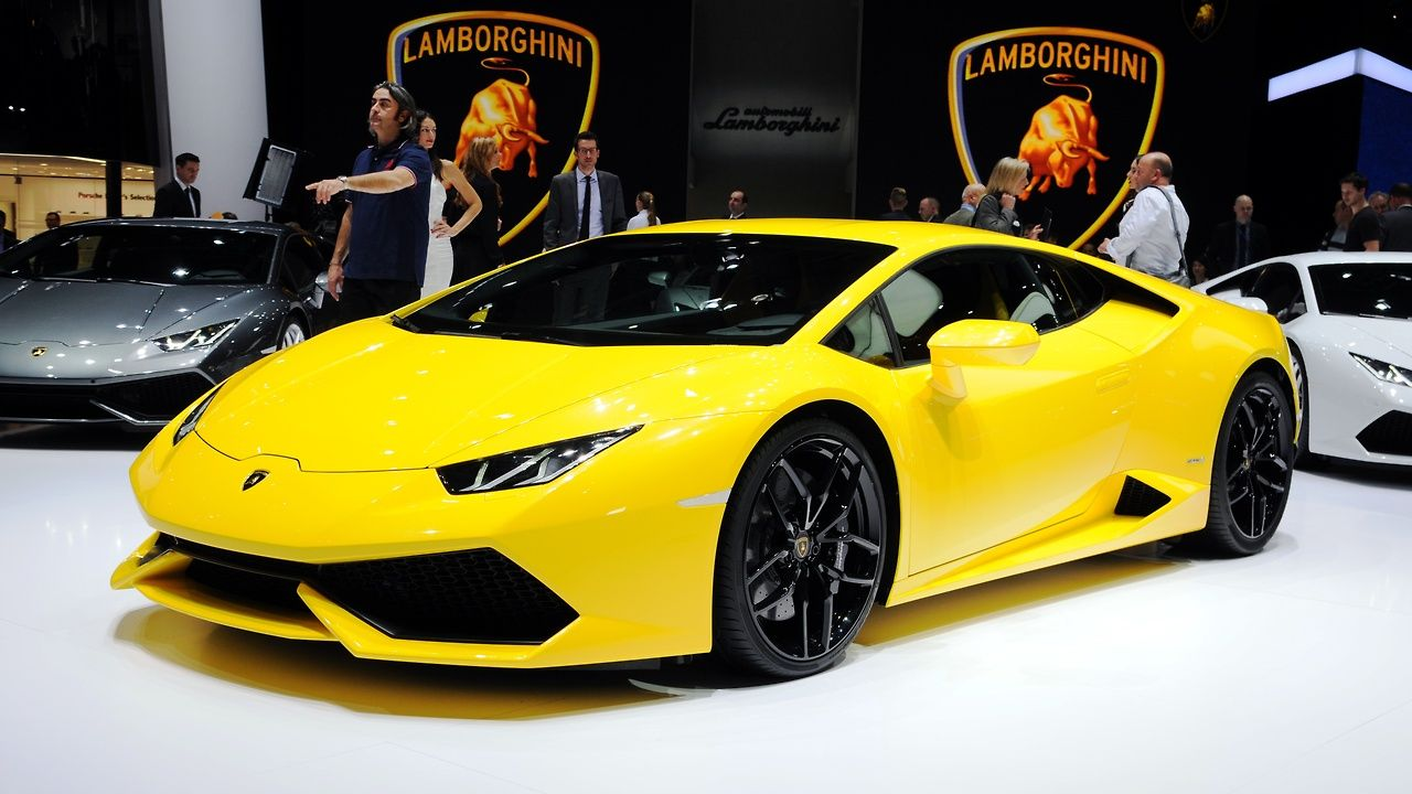 Awesome Yellow Lamborghini Huracan Lamborghini Wallpaper