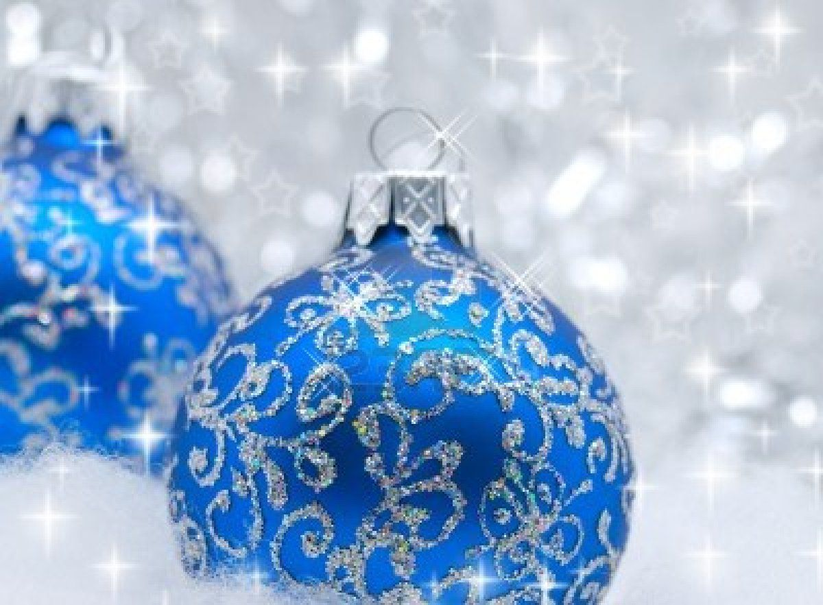 9290891-blue-christmas-balls-over-sparkling-background-shallow ...