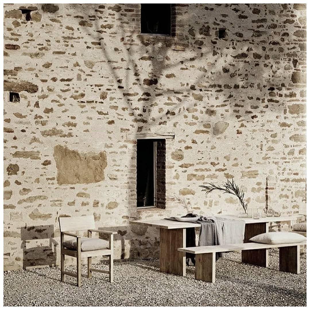 "@th__2801 on Instagram: ""#interiorarchitecture #interiordesign #architecture #design #art #wespidemeuron"""