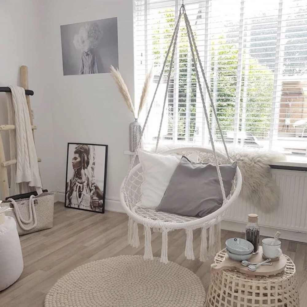 14 Awesome Indoor Hammock Ideas For A Lazy Sunday Morning Ceplukan Bedroom Swing Hammock In Bedroom Swing Chair Bedroom
