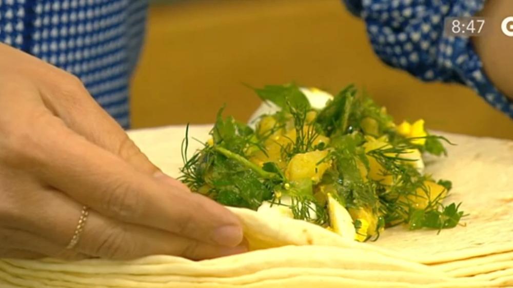 Tyrkisk kartoffelsalat med dip | Opskrift | Kartoffelsalat