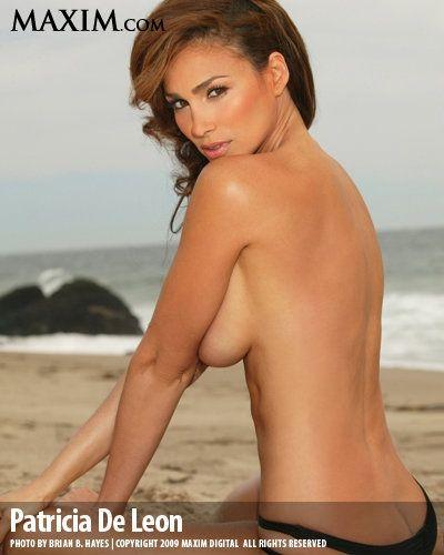 Naked leon Natali Leon