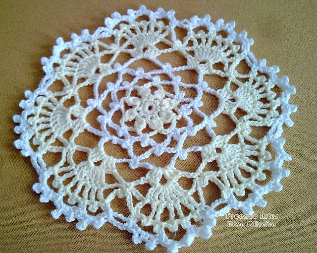 Tecendo Artes em Crochet: Encomenda de Toalhinhas Delicadas em Andamento!