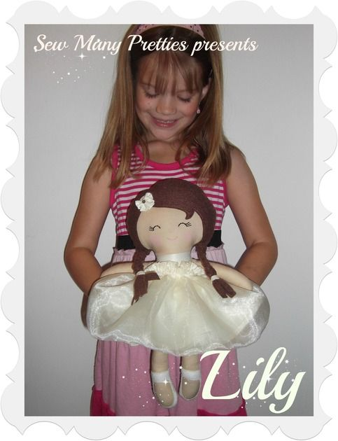Love this pretty girl! She is handmade and so sweet!http://www.sewmanypretties.com/