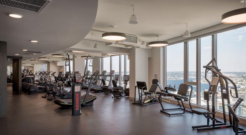 Mckenzie Seattle 39th Floor Gym Mckenzie Is A 40 Story Luxury High Rise Apartment Community On Eig Private Dining Room Apartment Communities Luxury High Rise