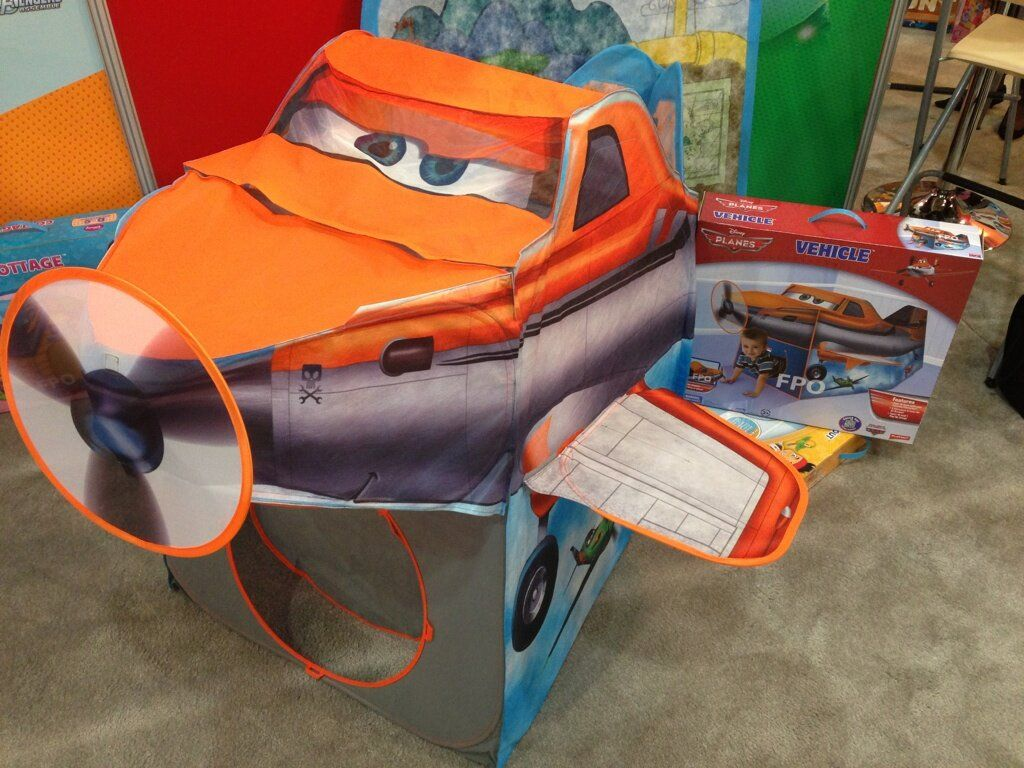 Disney Planes Tent From Playhut   Dusty