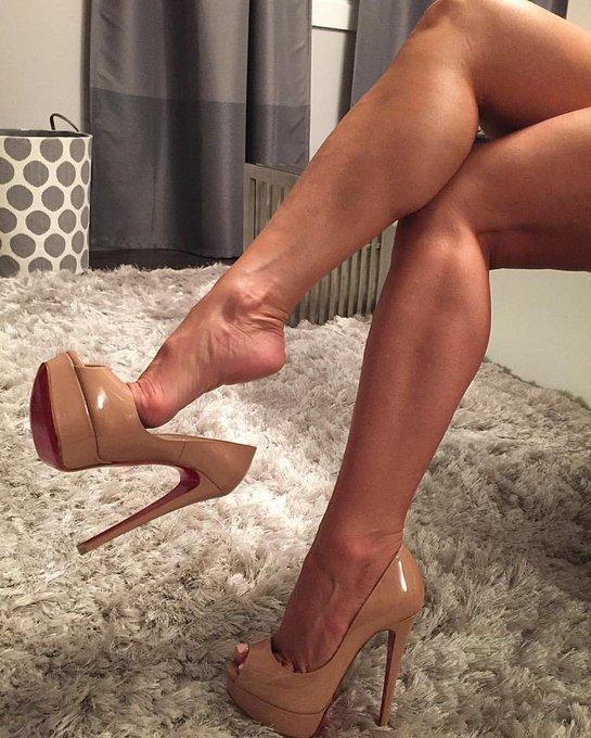 High Heels Sexy Pics
