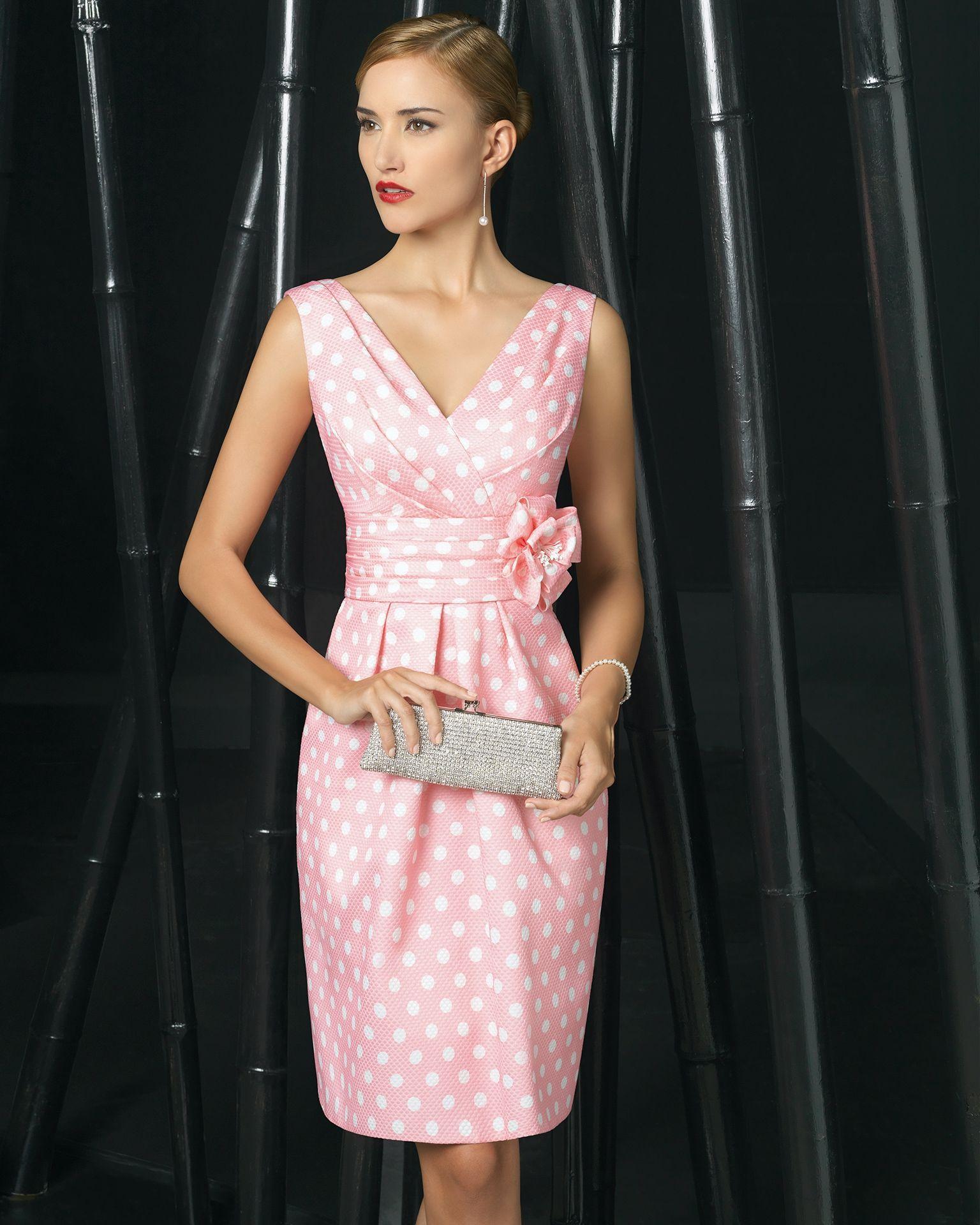 Vestidos de fiesta cortos rosa clara