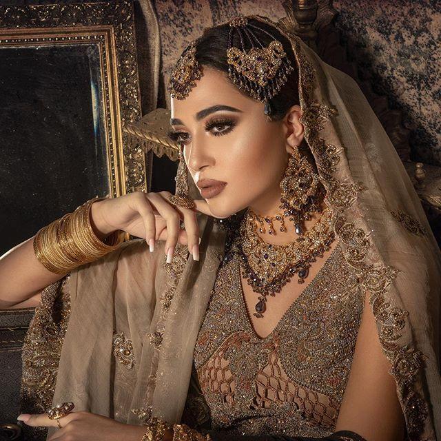"Prits Gosal | Stylist on Instagram: ""Beauitful Walima bride created by @zainabkhan_beauty for her SS18 bridal campaign. ——— Styling @stylebypritsg Jewellery @brocadelondon…"""