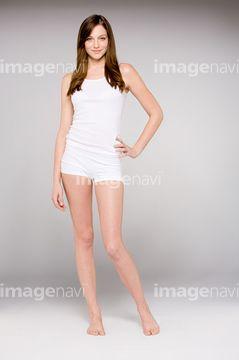 腰に手を当てるポーズイラスト Google 検索 描き方 Dresses と