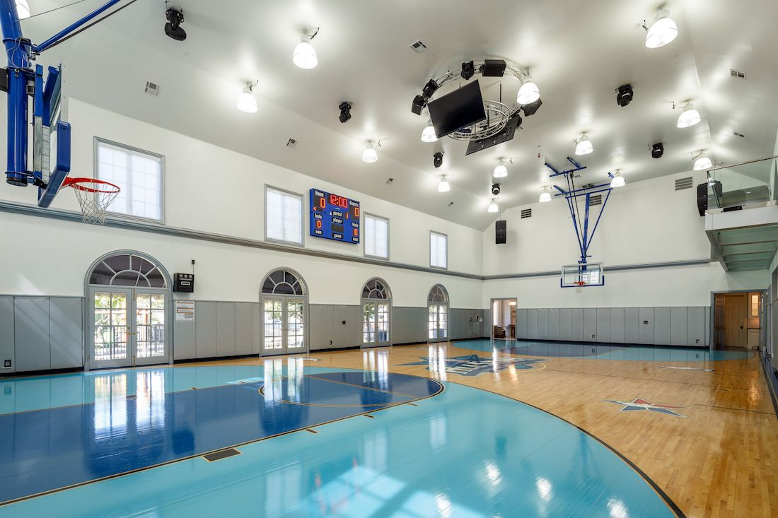 Texas Dentist Lists 30 000 Sq Ft Manor With Private Waterpark For 33 Million Photos Texas Mansions Mansions Indoor Basketball Court