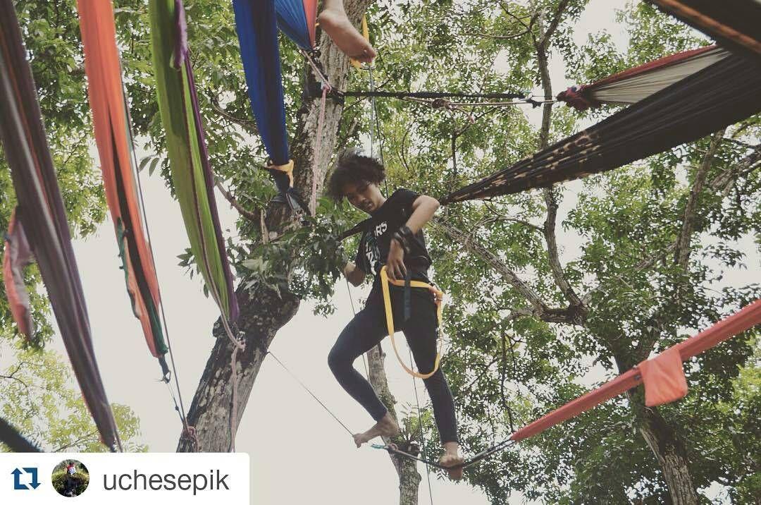 Arshell Indonesia photo contest  #Repost @uchesepik with @repostapp  Kagak percumah private sama keliwon ye kan.... . . . . With @hammock_id . . . . . #hammocklife #hammock_id #letscommocking #hammocktime #hammockersdki #hammockersjakarta #hammockersjateng #hammockersjogja #solohammockers #hammockersindonesia #hammockerscantik #Rockpackers #leopardrock #indonesiatanahairkita #visitjogja #backpakersjogja #arshellindonesia #hangingsharing #hangingandsharing #HangingAndSharingDKIJatengDIY…