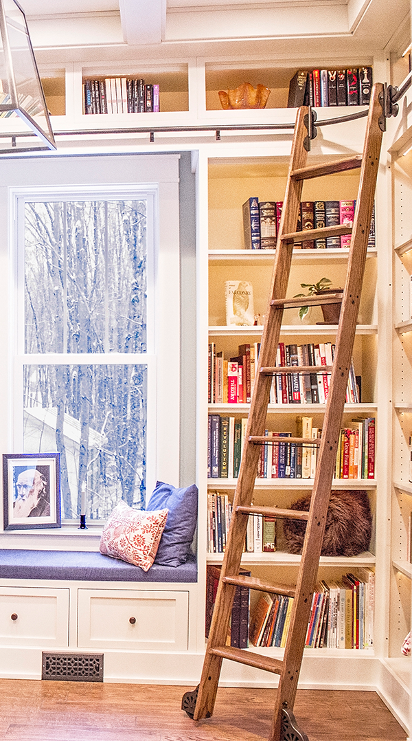 An Amazing Installation By Mcnemar House They Made Wonderful Use Of The Curved Rail In This Application Home Library Ladder Home Library