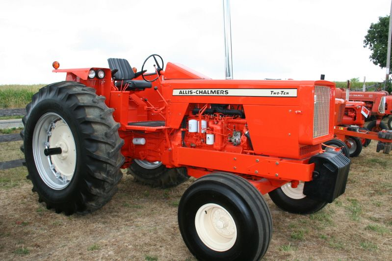 210 Allis chalmers - Google Search   Tractors made in West ...