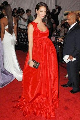 f65dfbd4003 Pregnant Models (Vogue.com UK)