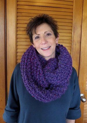 Chunky Orchid Cowl | Orchid, Knitting patterns and Knit patterns