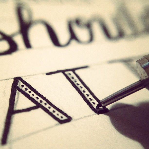 So you want to learn hand lettering? Some advise from an expert!