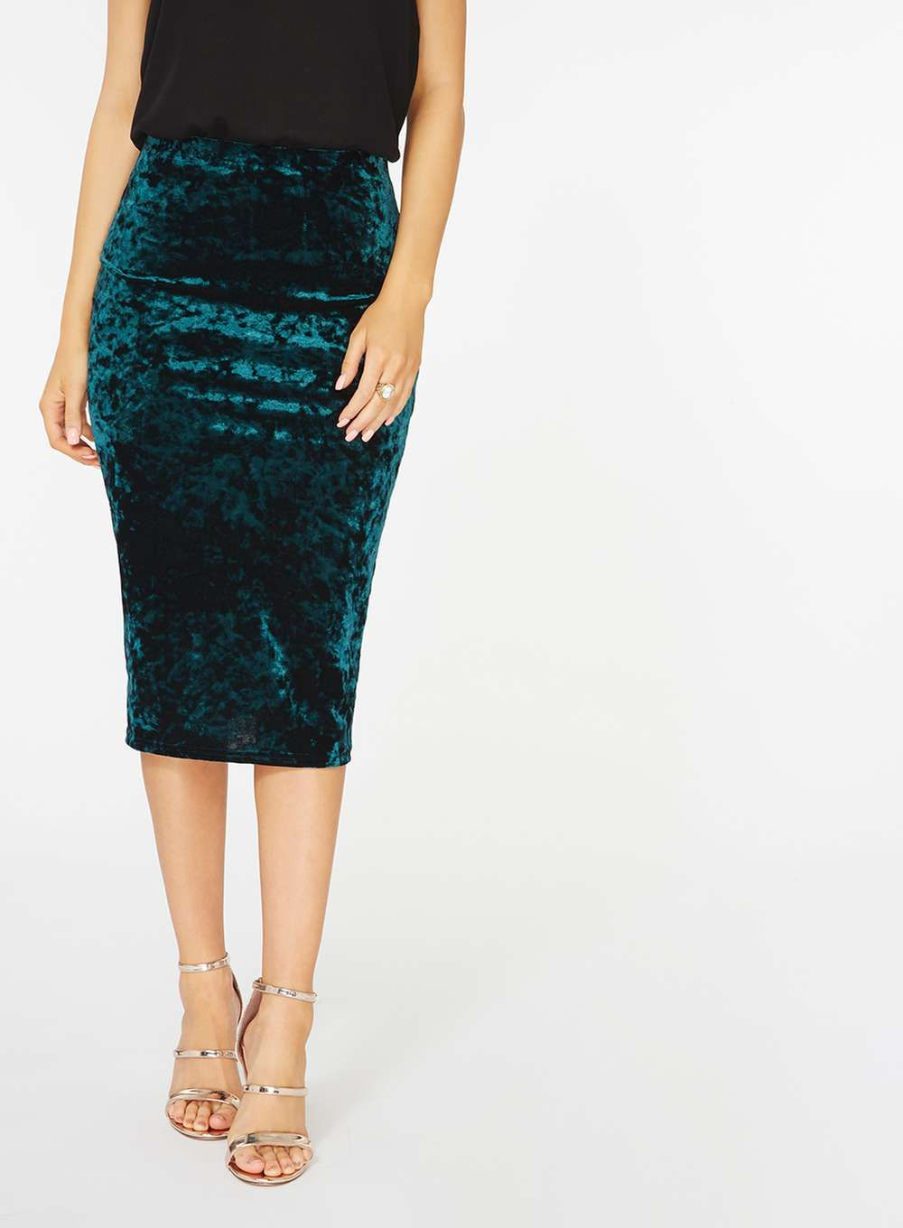 88a63e0a22 Green Crushed Velvet Pencil Skirt Pencil Skirt Outfits, Pencil Skirts,  Sharp Pencils, Velvet