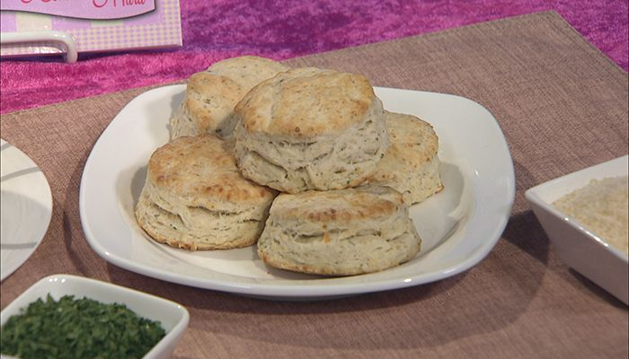 Harried Housewife: Herbed Parmesan Biscuits as seen on NEWSChannel 2 at Sunrise on February 20, 2015