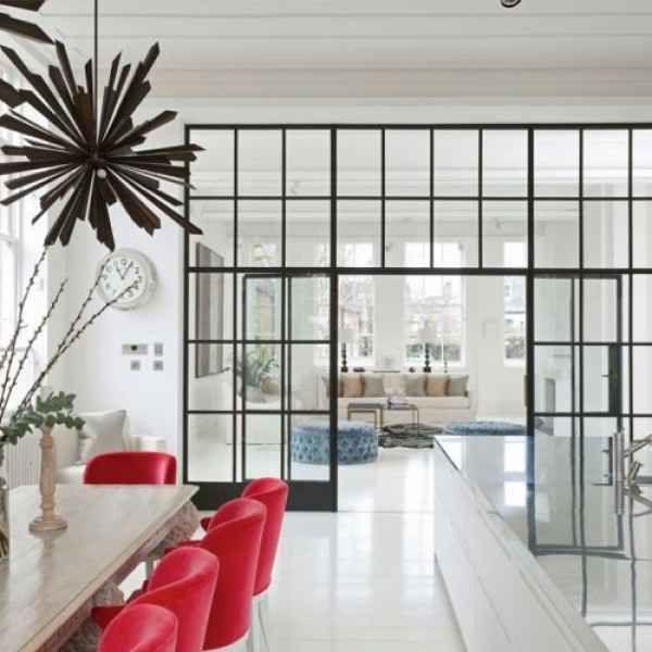 Offene Küche vom Wohnzimmer abtrennen Trennwände im Industrie - offene kueche wohnzimmer abtrennen glas