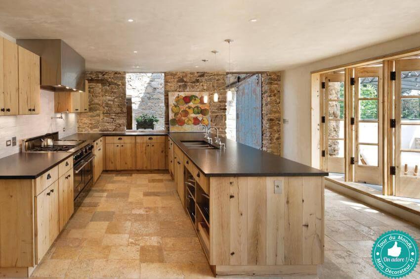 Une grande cuisine en bois de récupération esprit nature et authentique mon décorateur d