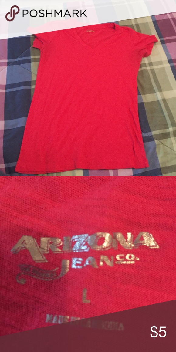 Plains Red T-Shirt Perfect condition. Only worn twice. Arizona Jean Company Tops Tees - Short Sleeve
