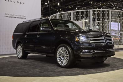 Pin By Luke Gondrezick On Lincoln Lincoln Navigator Lincoln Suv Suv