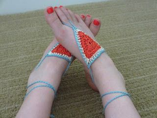 Jay's Boutique Blog: FREE PATTERN: Summertime Barefoot Sandals