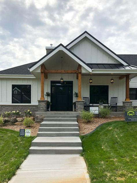 Best Modern Home Trends I M Loving Modern Farmhouse Exterior 640 x 480