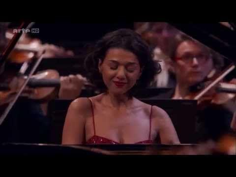 Khatia Buniatishvili Plays Piano Concerto by Edvard Grieg