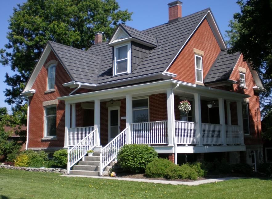 Best Erie Metal Roofs With The Roof Of The House Such As This 400 x 300