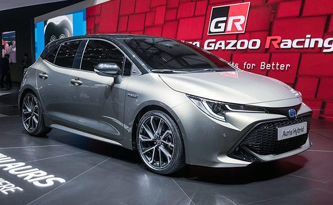 Toyota Auris Hybrid 2020 Review Price Specs Colors Toyota Auris Toyota Toyota Review