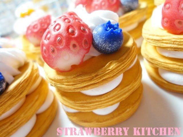 レジ子製作所★Strawberry  Kitchen★