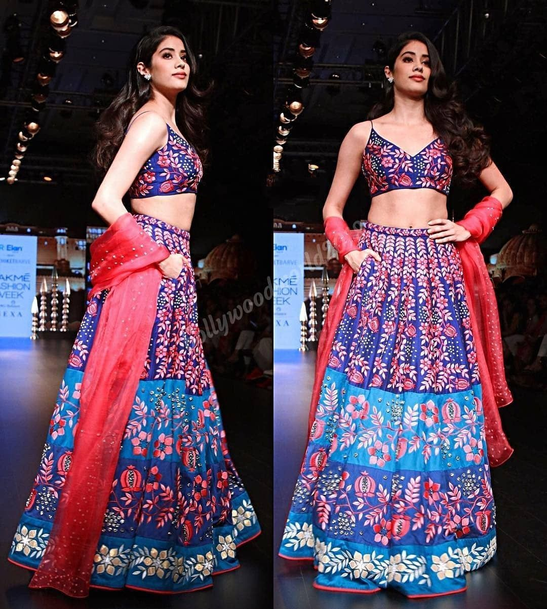 Janhvi Kapoor clicked taking over the runway with all that desi gorgeousness at LFW this evening . Follow @bollywoodworld2018 for latest update. . . . . #bollywoodworld2018 #bollywoodstyle #bollywood #bollywoodmakeup #followback #follow #follownow #followbacknow #followtrain #repost #instagram #bollywoodcinema #celebrity #celebrities #instagood #world #india #delhi #mumbai #jaipur #jaipurcity #insta #jaipurdiaries #rajasthan #saturday #happysaturday #jahnvikapoor #jhanvikapoor #janhvikapoor #lakmefashionweekwinterfestive2018