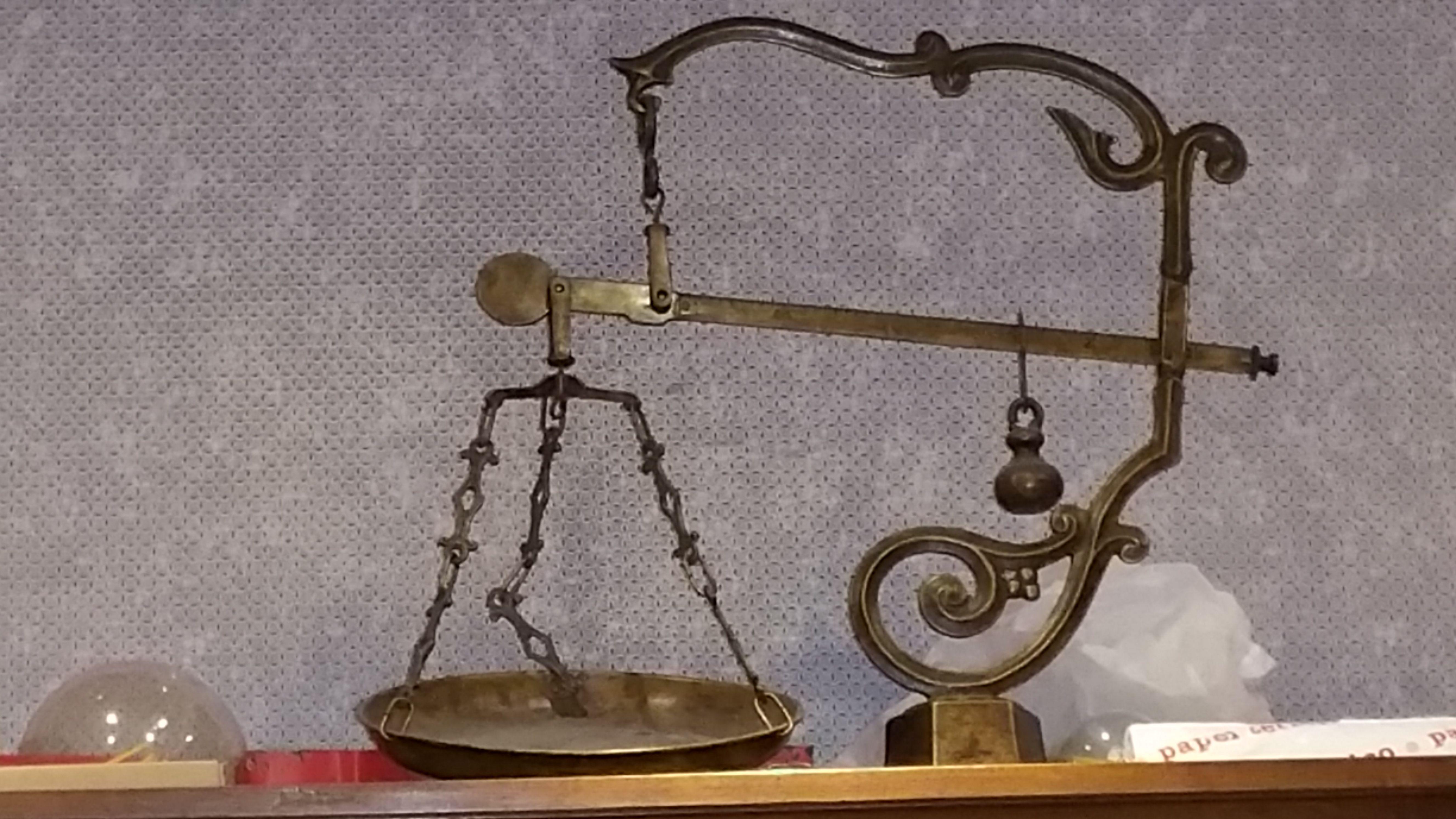 balanza antigua