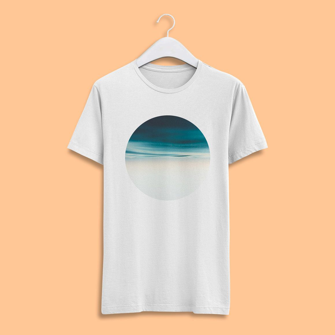 Men T Shirt Psd Mockup Available With A Realistic Appearance Awesome Men Tshirt Psd Mockup Shirt Mockup Free T Shirt Design Tshirt Mockup